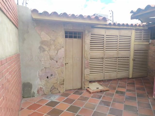 Casa Lara>Barquisimeto>Zona Este - Alquiler:350 Precio Referencial - codigo: 21-7294