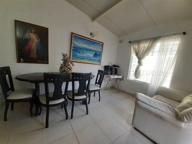 Casa Aragua>Cagua>El Bosque - Venta:19.990 Precio Referencial - codigo: 21-3051