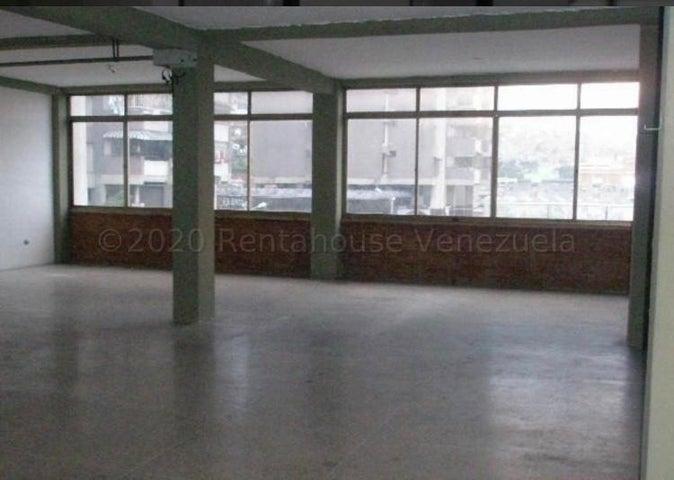 Edificio Distrito Metropolitano>Caracas>Catia - Venta:285.000 Precio Referencial - codigo: 21-5299