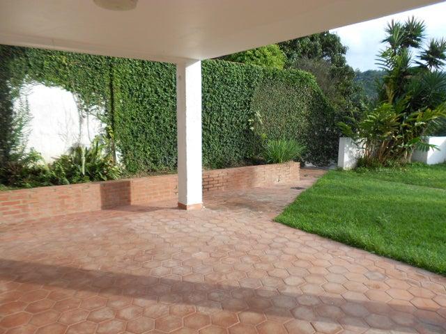 Casa Distrito Metropolitano>Caracas>Monterrey - Venta:180.000 Precio Referencial - codigo: 21-7500