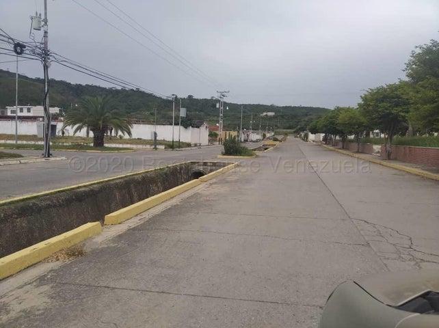 Casa Lara>Barquisimeto>Villas de Yara - Venta:10.000 Precio Referencial - codigo: 21-7516