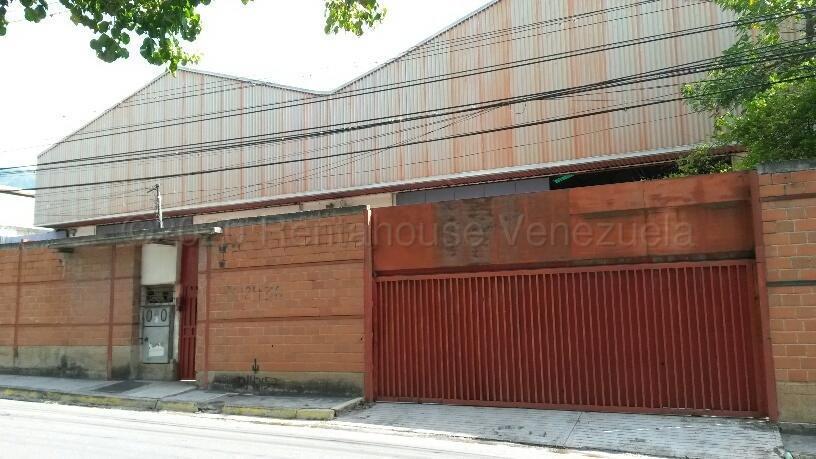 Local Comercial Miranda>Guarenas>La Guairita - Venta:1.790.000 Precio Referencial - codigo: 21-8319