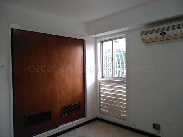 Apartamento Distrito Metropolitano>Caracas>Terrazas del Club Hipico - Venta:79.000 Precio Referencial - codigo: 21-7774