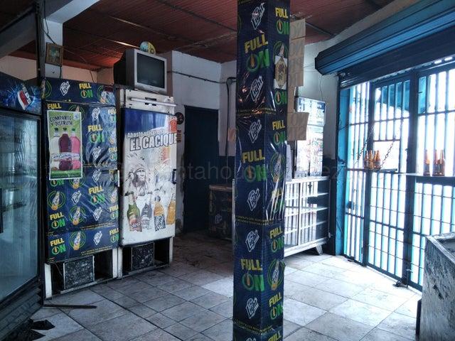 Negocios y Empresas Aragua>Maracay>Santa Rosa - Venta:6.000 Precio Referencial - codigo: 21-8002