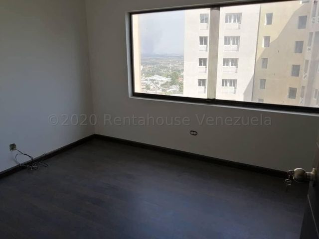 Apartamento Lara>Barquisimeto>Parroquia Santa Rosa - Venta:90.000 Precio Referencial - codigo: 21-7727