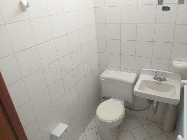 Apartamento Bolivar>Ciudad Bolivar>Sector Avenida Tachira - Venta:30.000 Precio Referencial - codigo: 21-7745