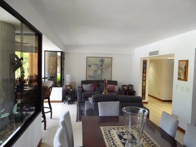 Apartamento Distrito Metropolitano>Caracas>Los Chorros - Venta:350.000 Precio Referencial - codigo: 21-7801