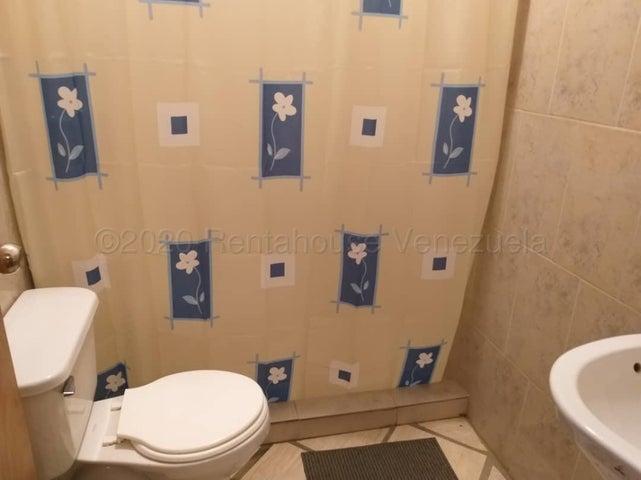 Casa Miranda>Higuerote>Ciudad Balneario Higuerote - Venta:50.000 Precio Referencial - codigo: 21-7803