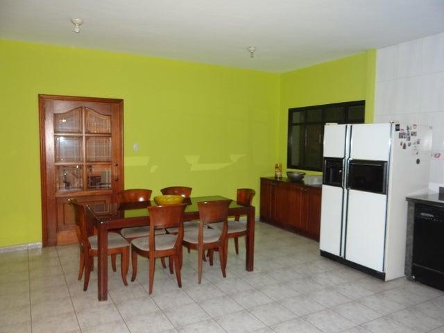Casa Distrito Metropolitano>Caracas>Las Palmas - Venta:195.000 Precio Referencial - codigo: 21-7804