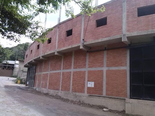 Galpon - Deposito Distrito Metropolitano>Caracas>Baruta - Venta:100.000 Precio Referencial - codigo: 21-7814