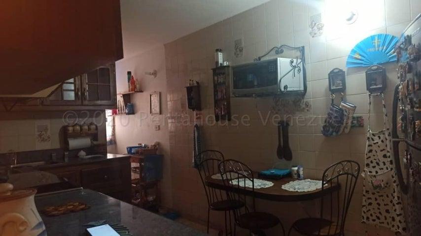 Apartamento Falcon>Punto Fijo>Bella Vista - Venta:5.700 Precio Referencial - codigo: 21-7841