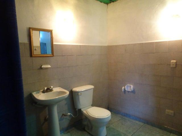 Casa Carabobo>Municipio Los Guayos>Los Guayos - Venta:10.000 Precio Referencial - codigo: 21-7990