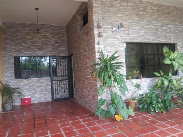Casa Carabobo>Municipio Los Guayos>Buenaventura - Venta:12.500 Precio Referencial - codigo: 21-7997