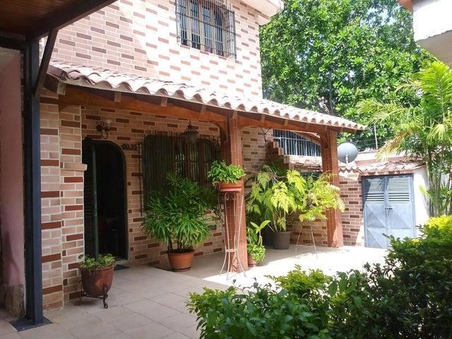 Casa Carabobo>Valencia>Trigal Norte - Venta:49.350 Precio Referencial - codigo: 21-8009