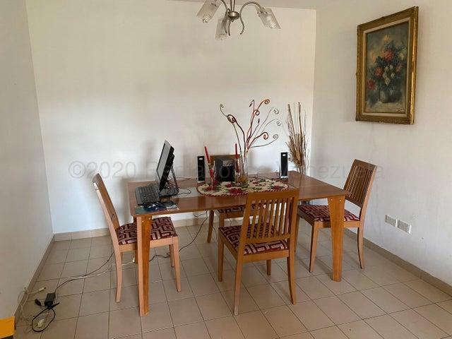 Apartamento Distrito Metropolitano>Caracas>Terrazas del Club Hipico - Venta:48.000 Precio Referencial - codigo: 21-8202