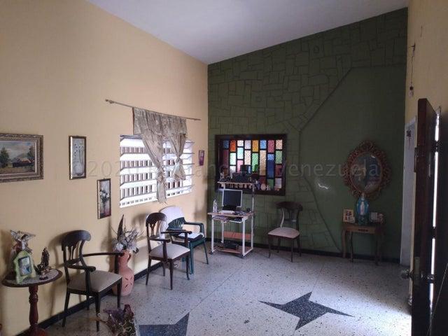 Casa Lara>Barquisimeto>Parroquia Concepcion - Venta:37.000 Precio Referencial - codigo: 21-8664