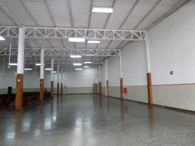 Galpon - Deposito Distrito Metropolitano>Caracas>La Yaguara - Alquiler:1.800 Precio Referencial - codigo: 21-12160