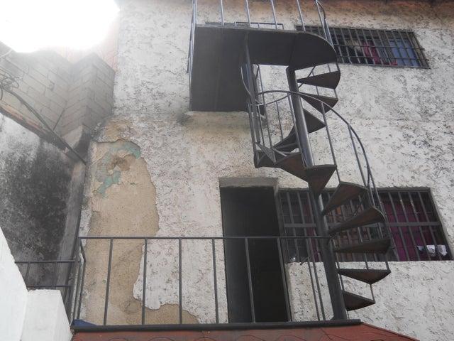 Local Comercial Distrito Metropolitano>Caracas>Bello Monte - Venta:85.000 Precio Referencial - codigo: 21-8888