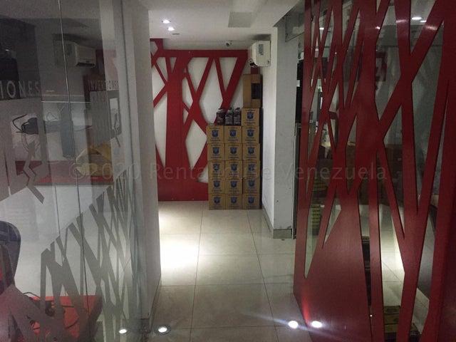 Local Comercial Lara>Barquisimeto>Centro - Venta:18.000 Precio Referencial - codigo: 21-8898