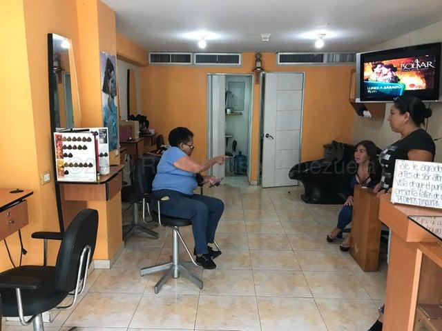 Local Comercial Distrito Metropolitano>Caracas>El Valle - Alquiler:250 Precio Referencial - codigo: 21-8906