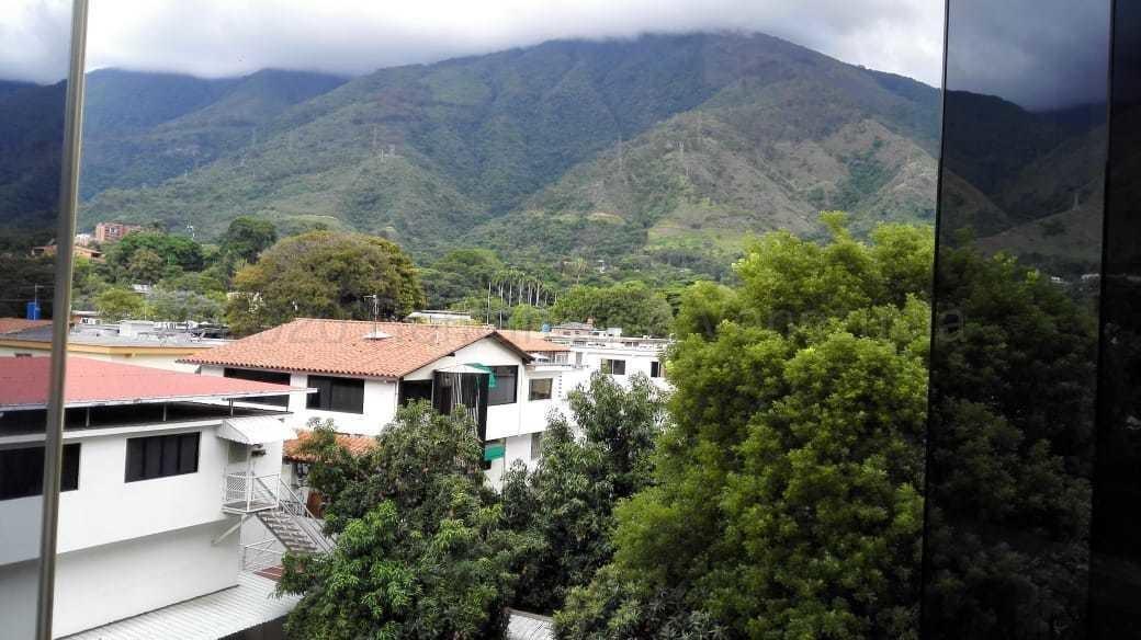 Apartamento Distrito Metropolitano>Caracas>Los Chorros - Venta:120.000 Precio Referencial - codigo: 21-9078