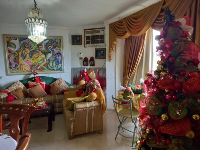 Apartamento Zulia>Maracaibo>Altos De La Vanega - Venta:12.000 Precio Referencial - codigo: 21-9439