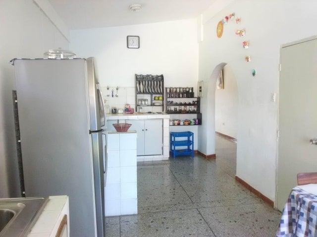 Casa Carabobo>Municipio San Diego>San Francisco de Cupira - Venta:38.000 Precio Referencial - codigo: 21-9452
