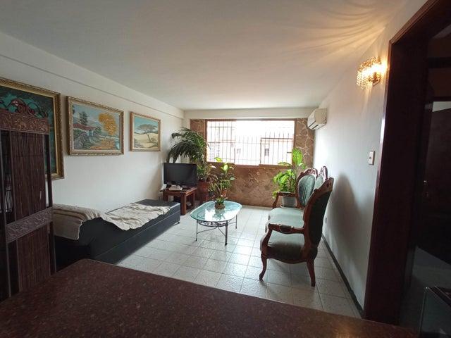 Apartamento Carabobo>Valencia>Michelena - Venta:15.500 Precio Referencial - codigo: 21-9458