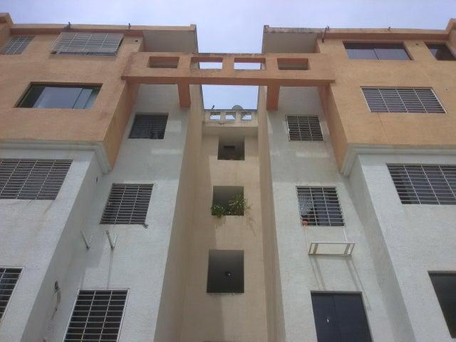Apartamento Carabobo>Municipio Los Guayos>Paraparal - Venta:10.500 Precio Referencial - codigo: 21-9461