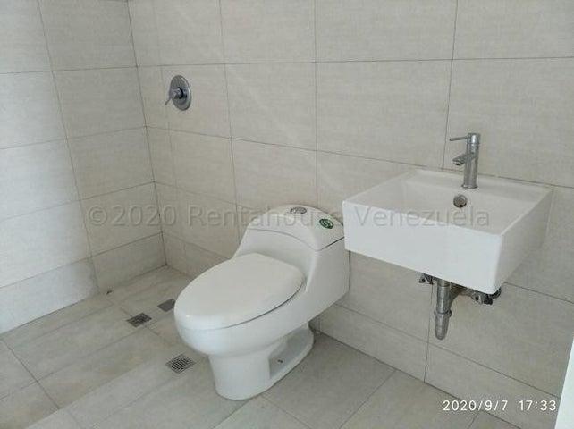 Apartamento Distrito Metropolitano>Caracas>Alto Hatillo - Venta:115.000 Precio Referencial - codigo: 21-9650