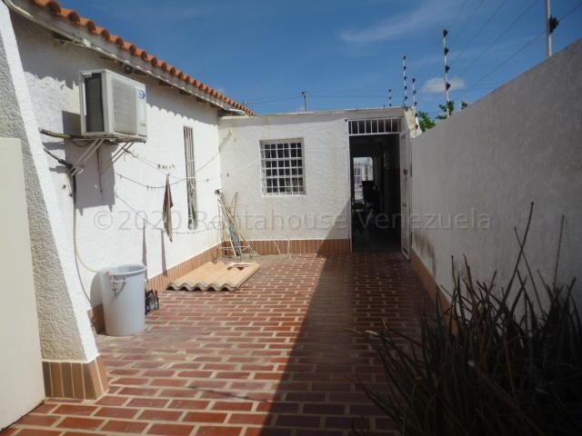 Casa Falcon>Punto Fijo>Puerta Maraven - Venta:60.000 Precio Referencial - codigo: 21-9584