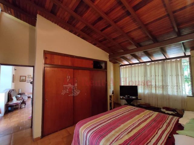 Casa Aragua>Maracay>El Castaño - Venta:165.000 Precio Referencial - codigo: 21-9603