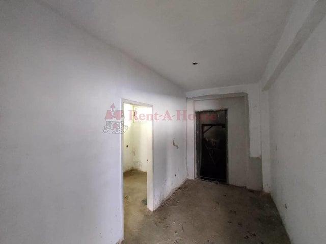Townhouse Aragua>Maracay>La Floresta - Venta:250.000 Precio Referencial - codigo: 21-9606