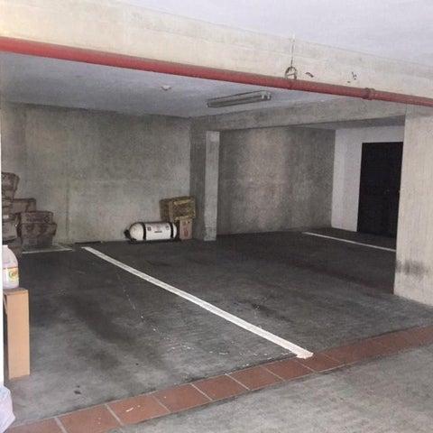 Apartamento Distrito Metropolitano>Caracas>La Lagunita Country Club - Venta:620.000 Precio Referencial - codigo: 21-9611