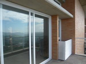 Apartamento Distrito Metropolitano>Caracas>Alto Hatillo - Venta:115.000 Precio Referencial - codigo: 21-9652