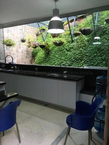 Casa Distrito Metropolitano>Caracas>Santa Marta - Venta:390.000 Precio Referencial - codigo: 21-9638