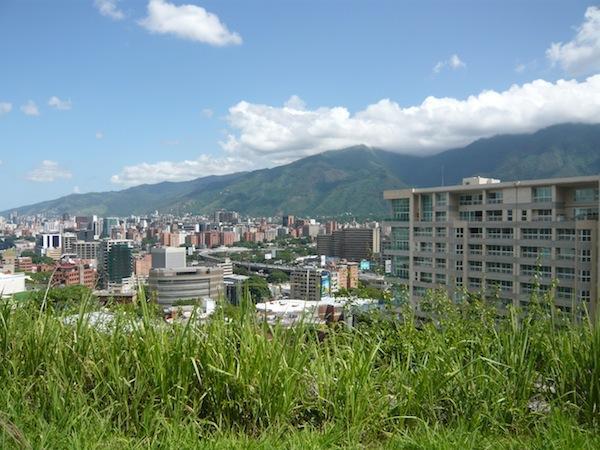 Terreno Distrito Metropolitano>Caracas>Lomas de Las Mercedes - Venta:1.300.000 Precio Referencial - codigo: 21-9636