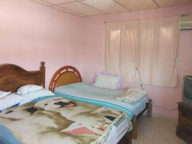 Casa Carabobo>Municipio Diego Ibarra>Mariara - Venta:9.900 Precio Referencial - codigo: 21-9654