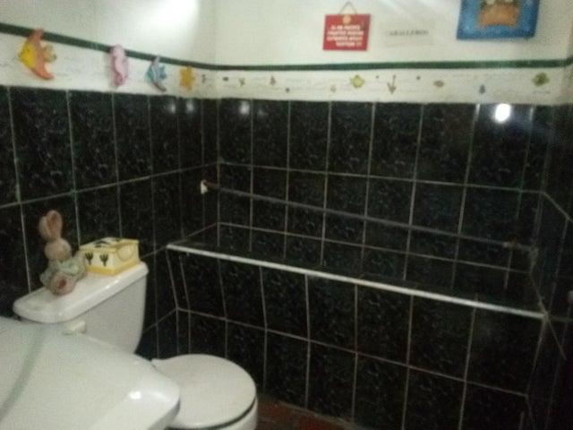 Casa Lara>Barquisimeto>Parroquia Catedral - Venta:80.000 Precio Referencial - codigo: 21-9730