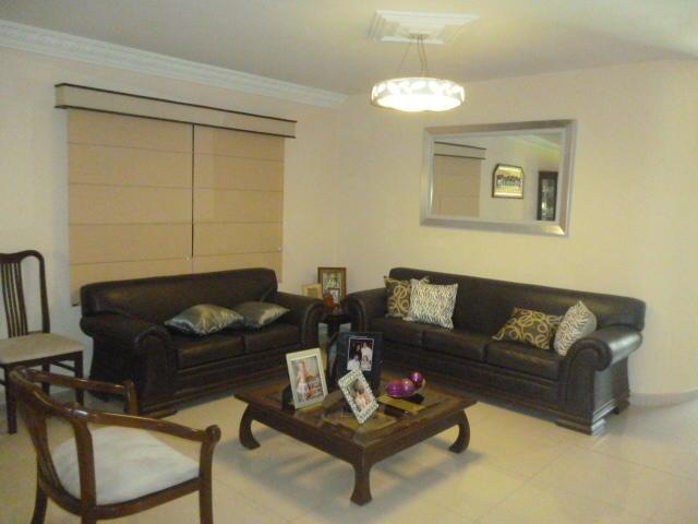 Casa Lara>Barquisimeto>Parroquia Santa Rosa - Venta:320.000 Precio Referencial - codigo: 21-9790