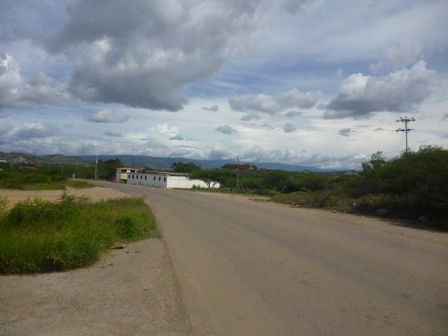 Galpon - Deposito Lara>Barquisimeto>Parroquia Union - Venta:45.000 Precio Referencial - codigo: 21-9826