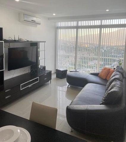Apartamento Distrito Metropolitano>Caracas>Solar del Hatillo - Venta:200.000 Precio Referencial - codigo: 21-11977