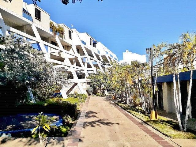 Apartamento Anzoategui>Lecheria>Complejo Turistico EL Morro - Venta:52.000 Precio Referencial - codigo: 21-10486