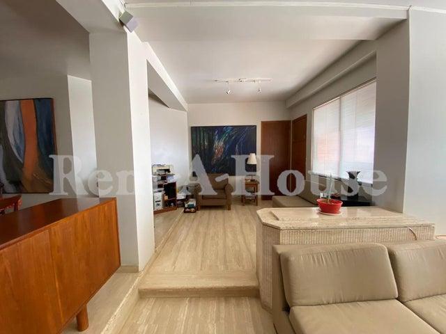 Apartamento Zulia>Maracaibo>La Lago - Venta:90.000 Precio Referencial - codigo: 21-9946