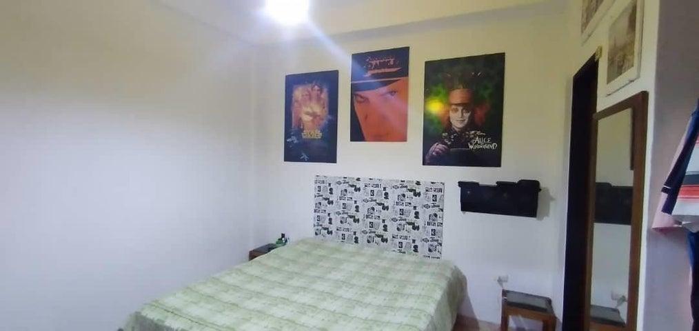 Casa Lara>Cabudare>Valle Hondo - Venta:32.000 Precio Referencial - codigo: 21-10114