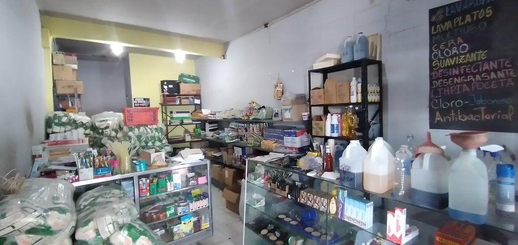 Casa Lara>Cabudare>La Mata - Venta:140.000 Precio Referencial - codigo: 21-10125