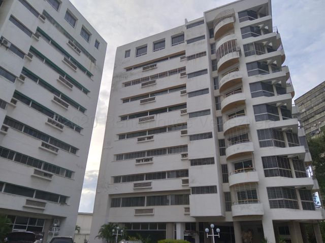 Apartamento Carabobo>Municipio Naguanagua>Ciudad Jardin Manongo - Venta:45.000 Precio Referencial - codigo: 21-10623