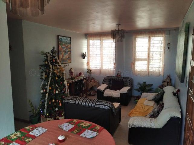 Apartamento Lara>Barquisimeto>Bararida - Venta:13.900 Precio Referencial - codigo: 21-10287