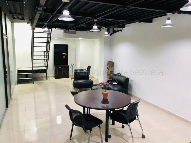 Local Comercial Distrito Metropolitano>Caracas>Chuao - Venta:275.000 Precio Referencial - codigo: 21-10322