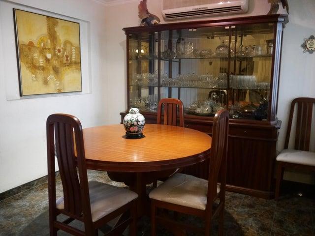 Casa Lara>Cabudare>Villa Roca - Venta:50.000 Precio Referencial - codigo: 21-10300